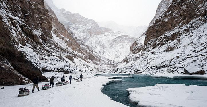 Frozen river trek chadar trek ladakh zanskar