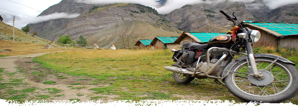India trekking by into wild himalaya