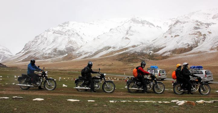 AROUND LADAKH ZANSKAR MOTORCYCLE TOUR